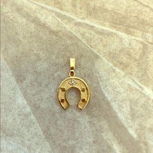 10k solid yellow gold lucky horseshoe pendant